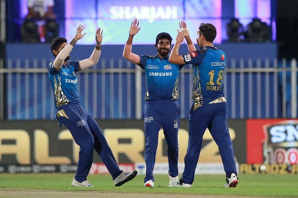 मुम्बई इन्डियन्स आईपीएलको प्ले अफ नजिक