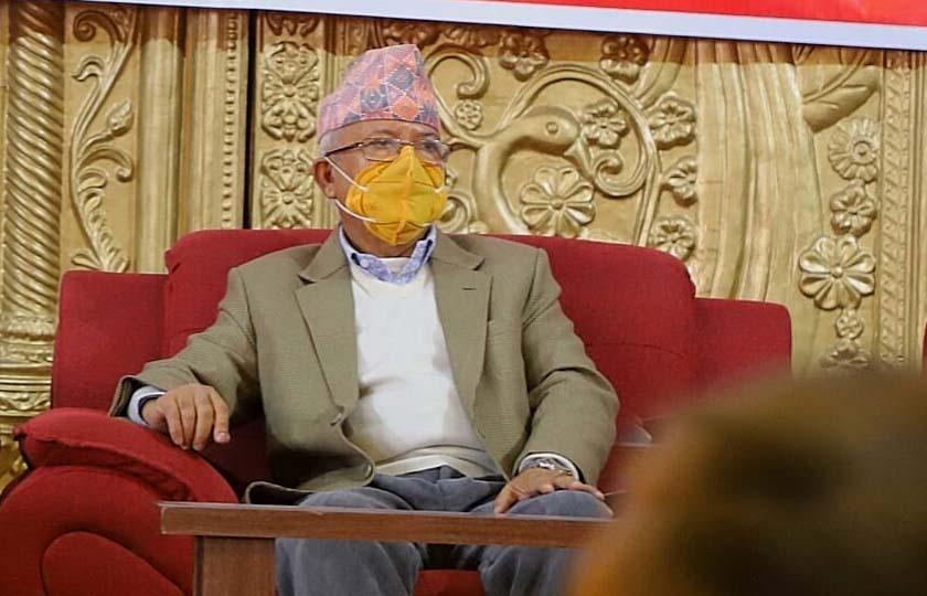 प्रधानमन्त्री सामन्ती र निरङ्कुश चिन्तनले ग्रस्त हुनुहुन्छ: माधव नेपाल