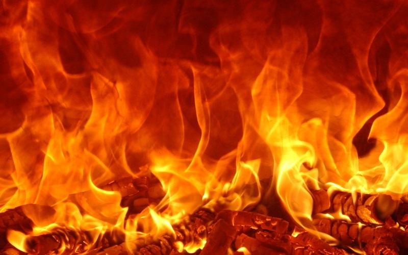 अपरिचित समूहद्वारा पिकअप भ्यानमा आगजनी